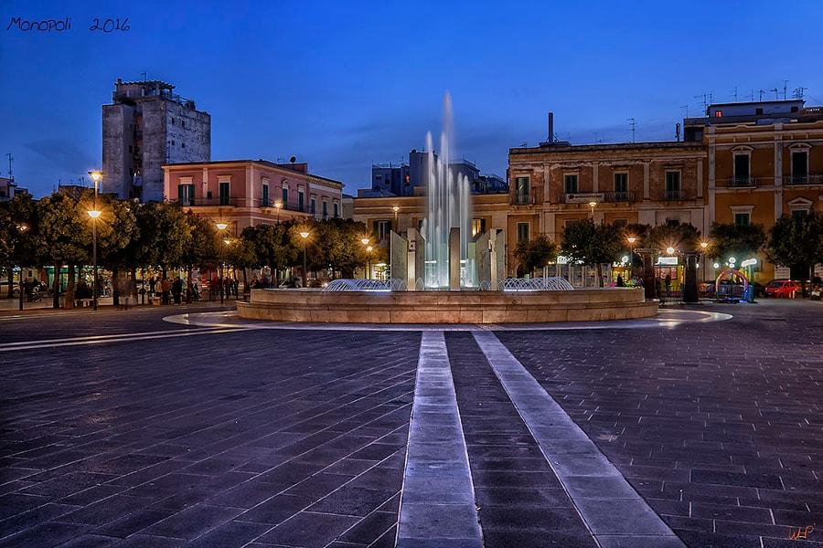 Fountain Monopli