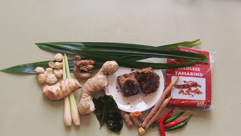 küchen- gewürze und kräuter in der indonesischen küche — kuliyani