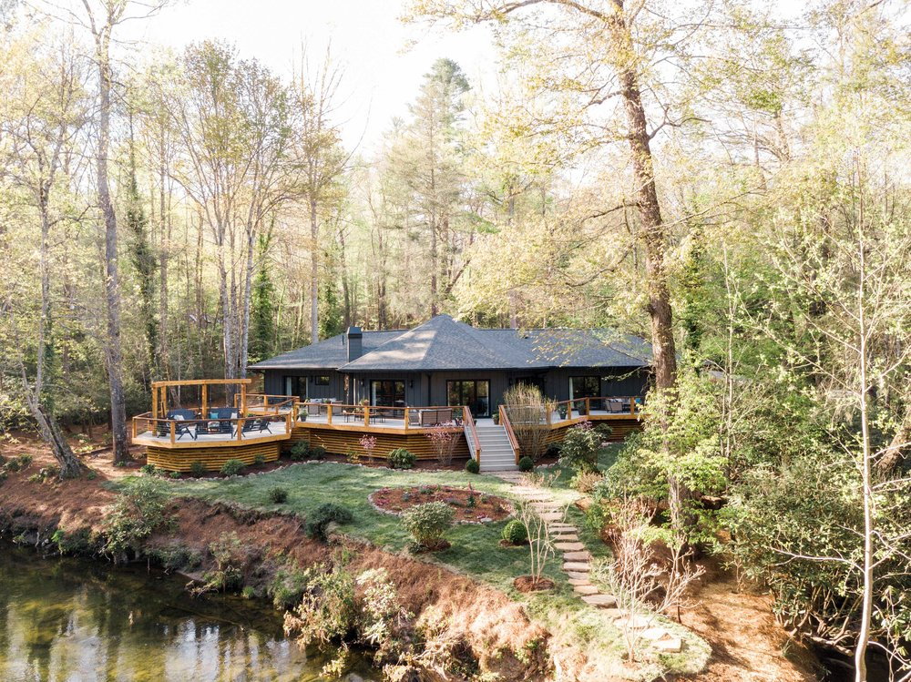 ur2018_promotion-back-yard-house-creek-wider-DJI_0045_h.jpeg