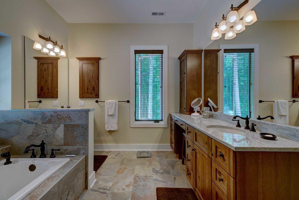 11 Master Bathroom Halbrook.jpeg