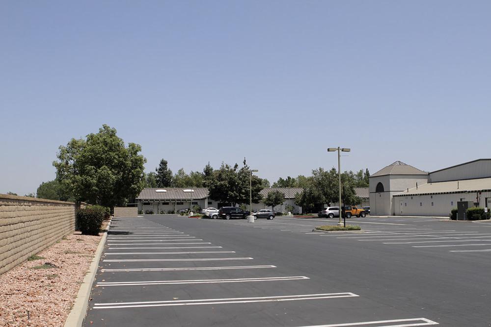 1-parking.JPG