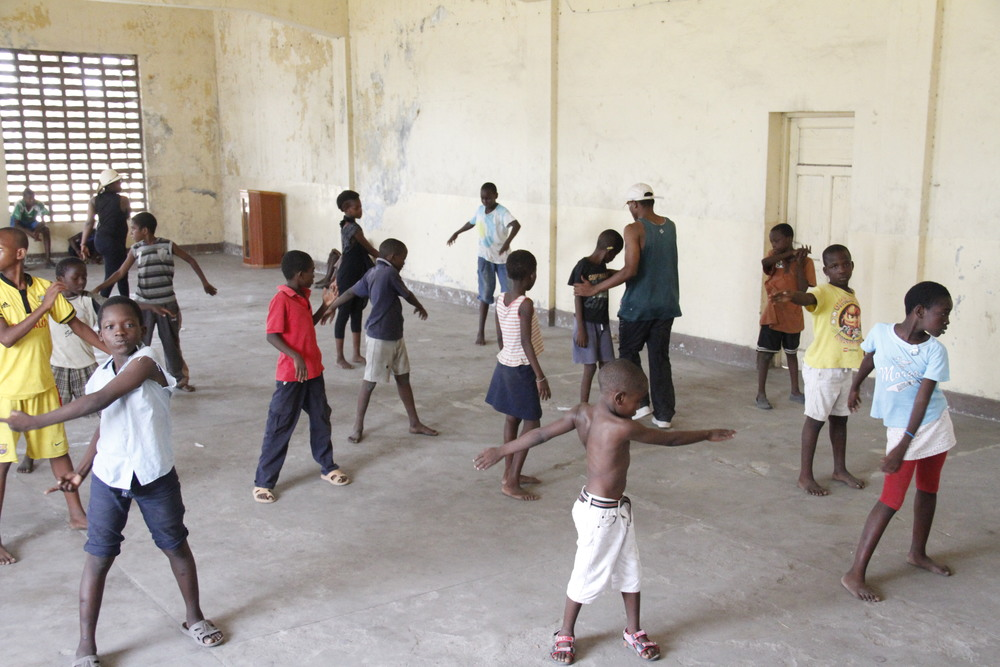 Tema Creations students warming up for a dance session.