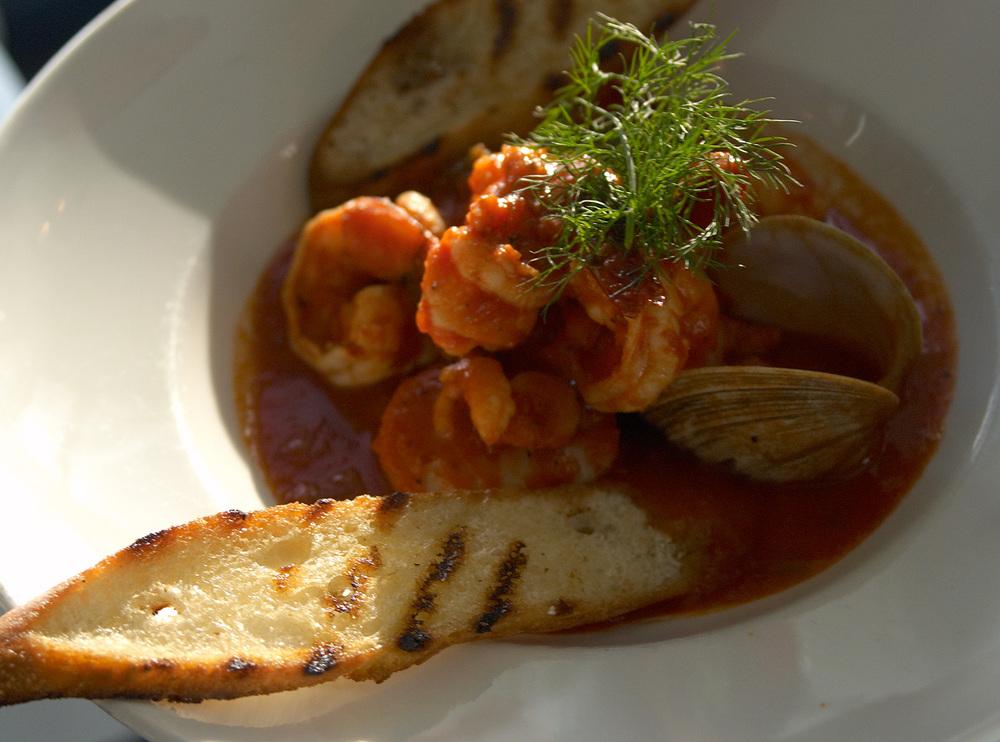 Scomas_sausalito_shrimp_clam_dish