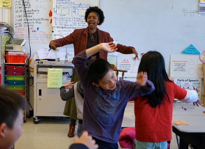The power of creativity and play to catalyze personal change inspires Clara's work as a performer, teacher, laughter yoga leader, and team builder. Clara brings her experiences to the classroom to encourage play-based self-realization and to enable individuals and communities to thrive.