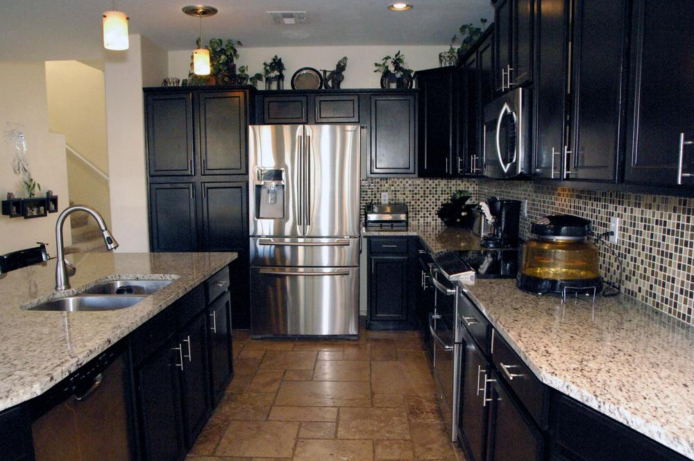 Kitchen Photo 3.JPG
