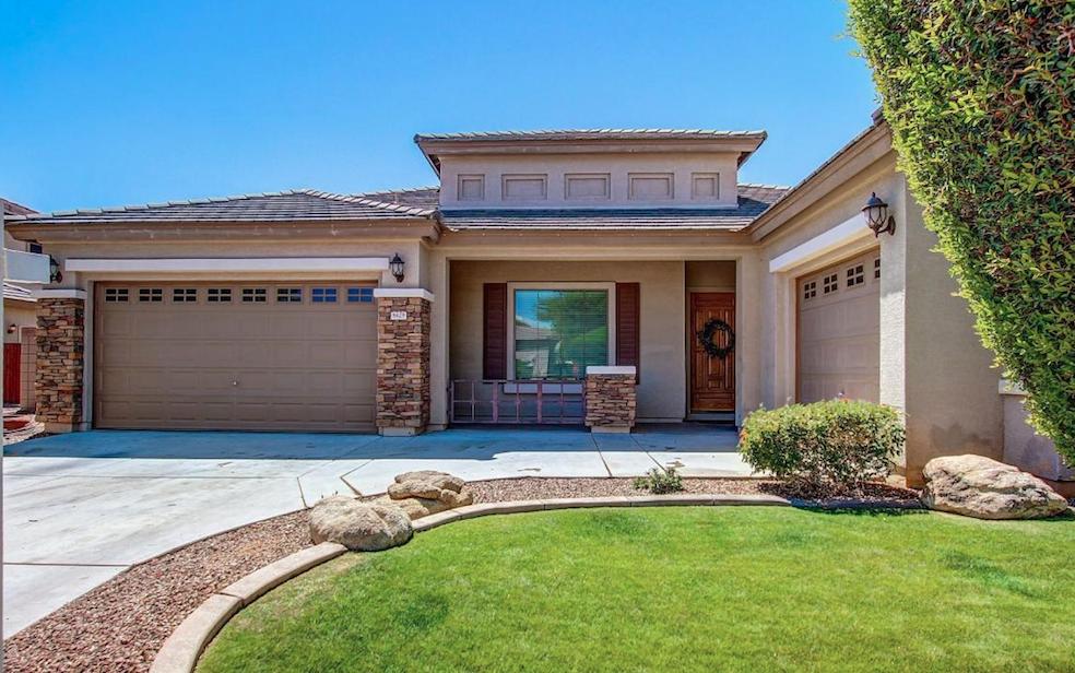 8429 W NORTHVIEW AVE, Glendale, AZ 85305