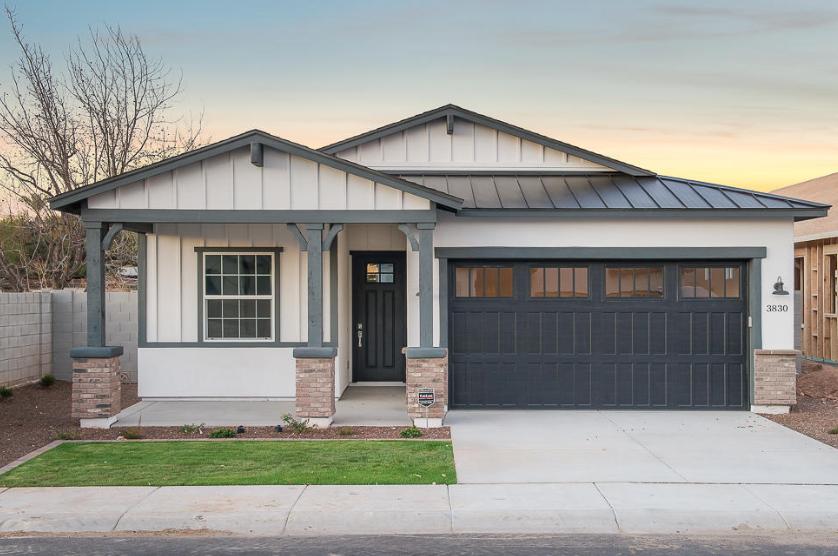 3830 E Crittenden Ln. Phoenix, AZ 85018