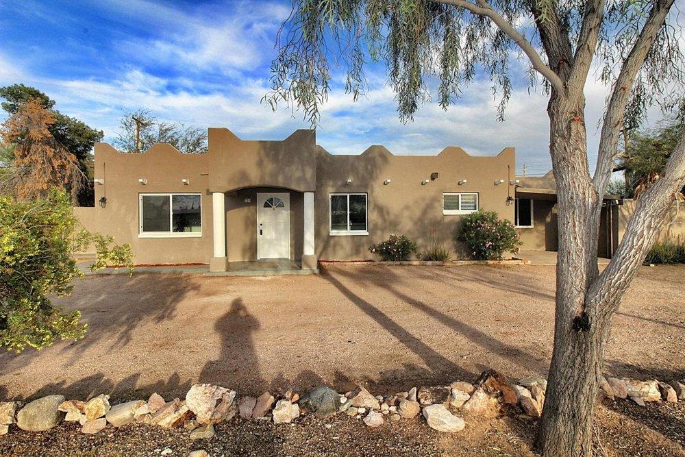 729 S Desert View Dr Apache Junction, AZ 85120
