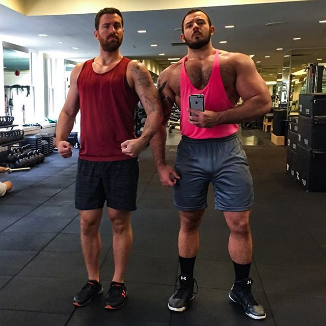 «You Even Bench Press, Bro? 😏😜💪🏼» Starting out the weekend with a heavy chest workout with my #1 motivator. The fire alarm started going off mid-workout and we joked that it was because our pecs were burning so much. 🙄😂🔥💪🏼🐻❤️🦊 . . . #chest #chestday #gym #workout #fitness #bodybuilding #love #boyfriend #boyfriends #gay #muscle #saturday #weekend #gaymuscle #gaybear #woof #scruff #flex #swolemate
