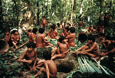 A group of Yanomami people in Demini, Brazil  © Fiona Watson/Survival