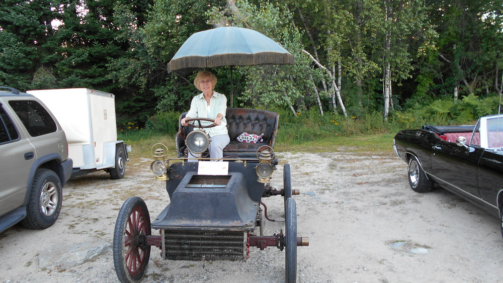 Carole Tubbs at the wheel of the 1904 Cadillac