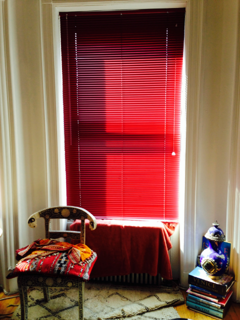 Burgundy aluminum mini blinds - Harlem apartment