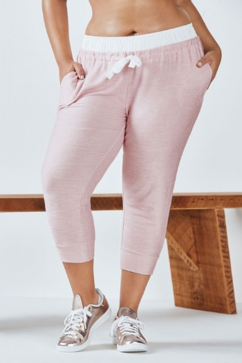 Arnae Capri by Fabletics  http://www.fabletics.com/product?id=4128934&