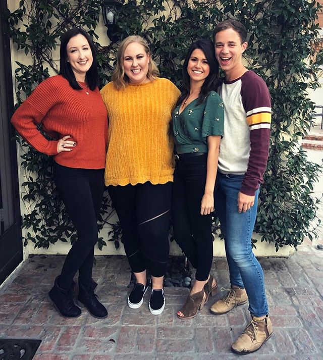 Thankful for good friends and color coordination. 🍁🍂🍃