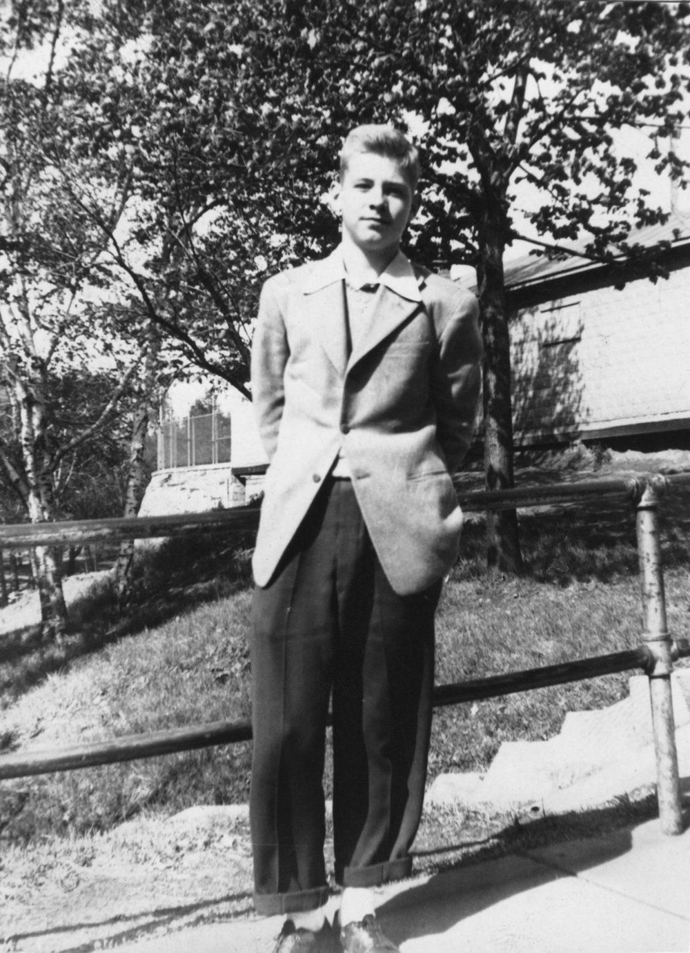 nice suit dad.JPG