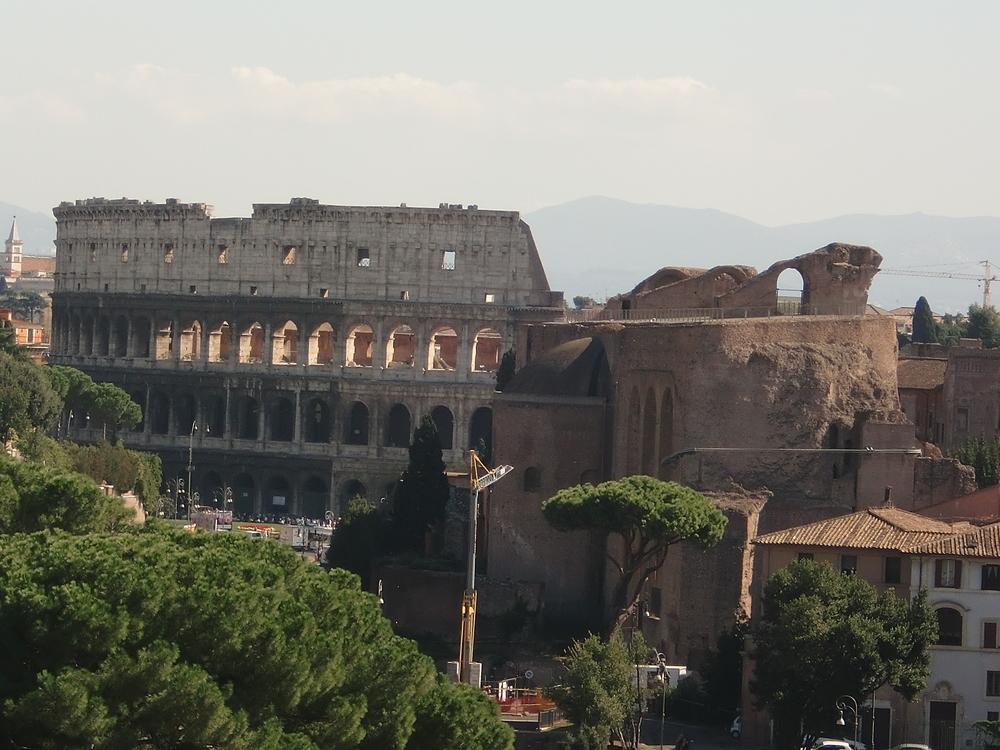 Roman Colosseum .JPG