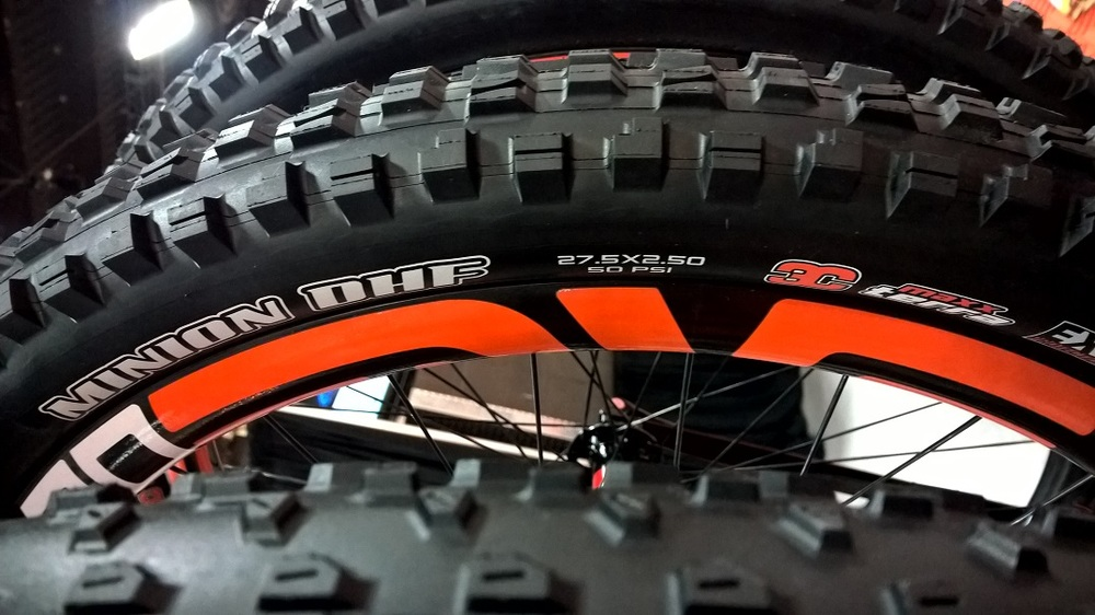 Maxxis DHF 2.5 SMALL.jpg