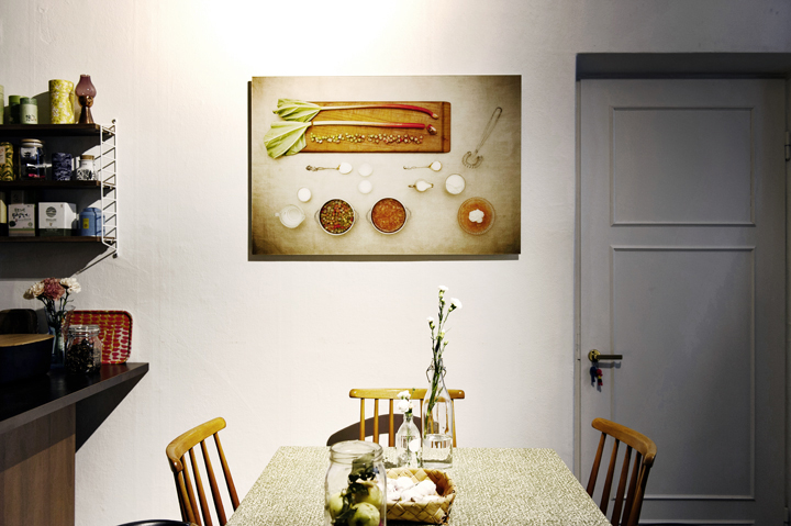 "Photographic print ""Rhubarb Kissel"" on the wall by  Marina Ekroos  /  Visual Recipes . Photo   ©  Eveliina Mustonen"