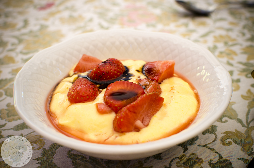 Pannacotta with strawberries and thick blasamic vinegar, naturally.