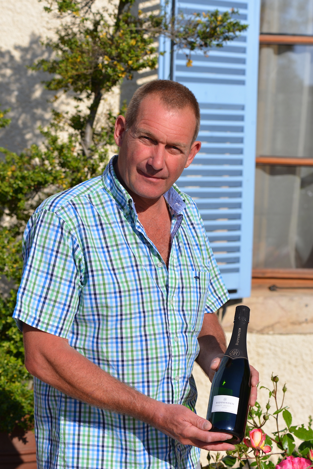 Julian Barnes with his sparkling cuvee 'Biddenden Pinot Reserve' 2010