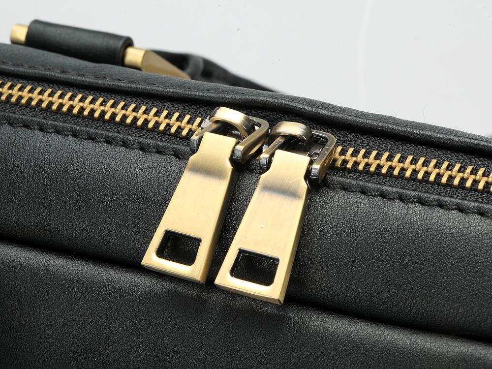 Briefcase-Onyx-6.jpg