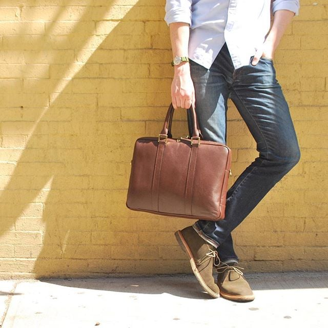 Finally starting to feel like winter in NYC, which has us dreaming of warmer days  #TBT #BenchmarkBags #menstyle #dapper #briefcase #gentlemanstyle