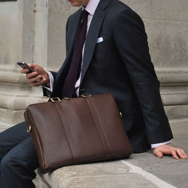 #TGIF #BenchmarkBags #briefcase #leathergoods #leather #menstyle #gentlemanstyle #dapper #workbags