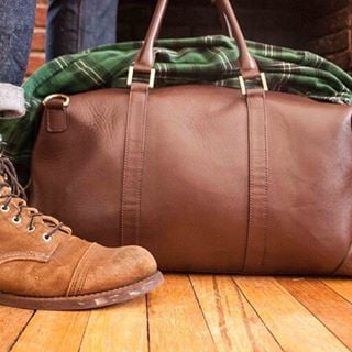 Recipe for the perfect fall outfit: Suede boots? ✔️ Flannel shirt? ✔️ Benchmark leather weekender? ✔️ Don't forget - follow our account before 11/20 and get 10% off your purchase. We'll direct message you with the promo code. #BenchmarkBags #leatherbags #leathergoods #weekender #Fall #travel #menstyle #dapper