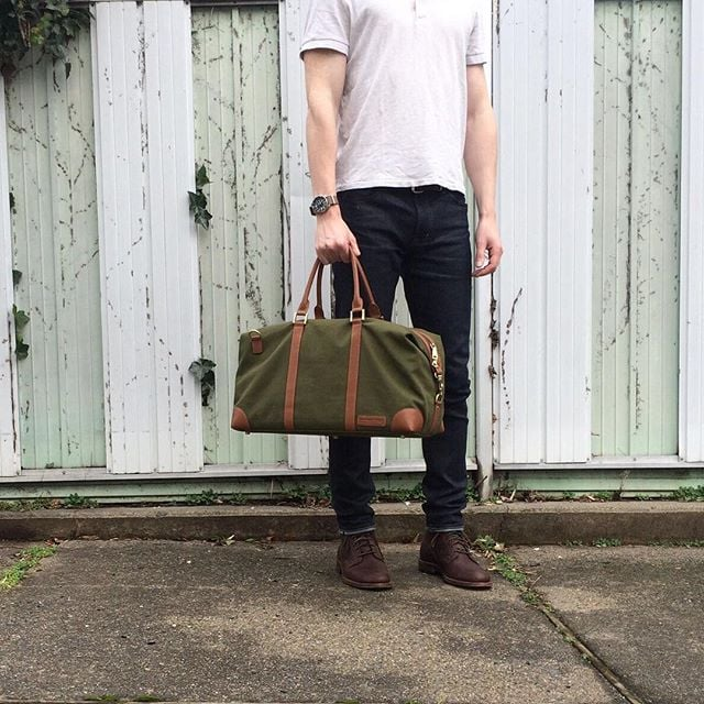 The canvas #weekender in moss by #BenchmarkBags  #menstyle #gqstyle #gentlemanstyle #leathergoods