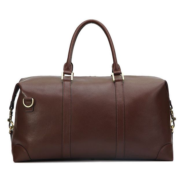 It's not too late to escape #winterstormjonas this weekend with your #BenchmarkBags #Weekender in chestnut leather  #menstyle #gentlemanstyle #gqstyle #dapper #leathergoods