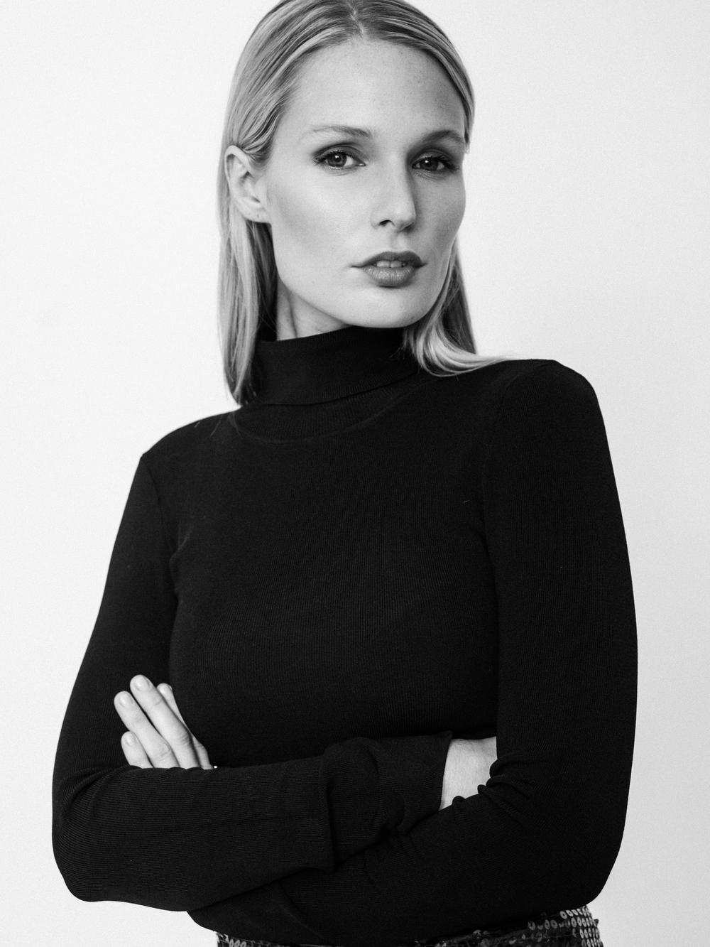 Jen Dance // Wilhelmina