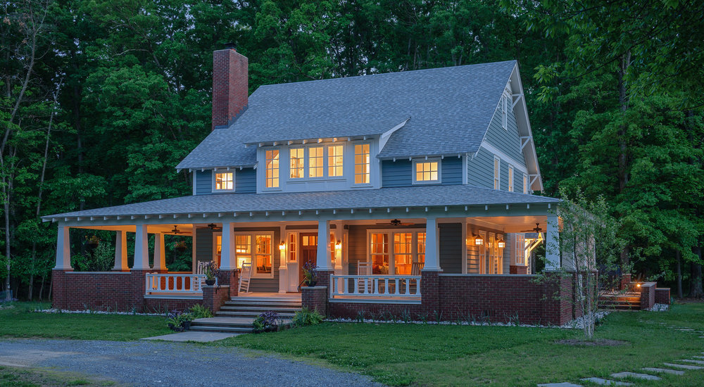 Clites_craftsmanbungalow_frontnighttime.jpg