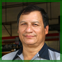 John-expert mechanic