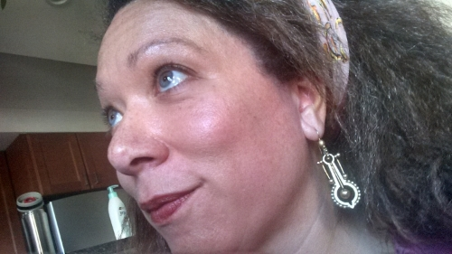 Check out my rockin' new earrings!