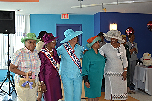 Ward 5 Community Day Hat Show. Photo courtesy of Seabury Resources for the AgingP