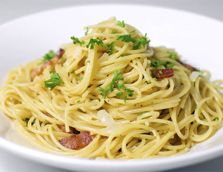 Lemon Spaghetti with Salami and Parsley