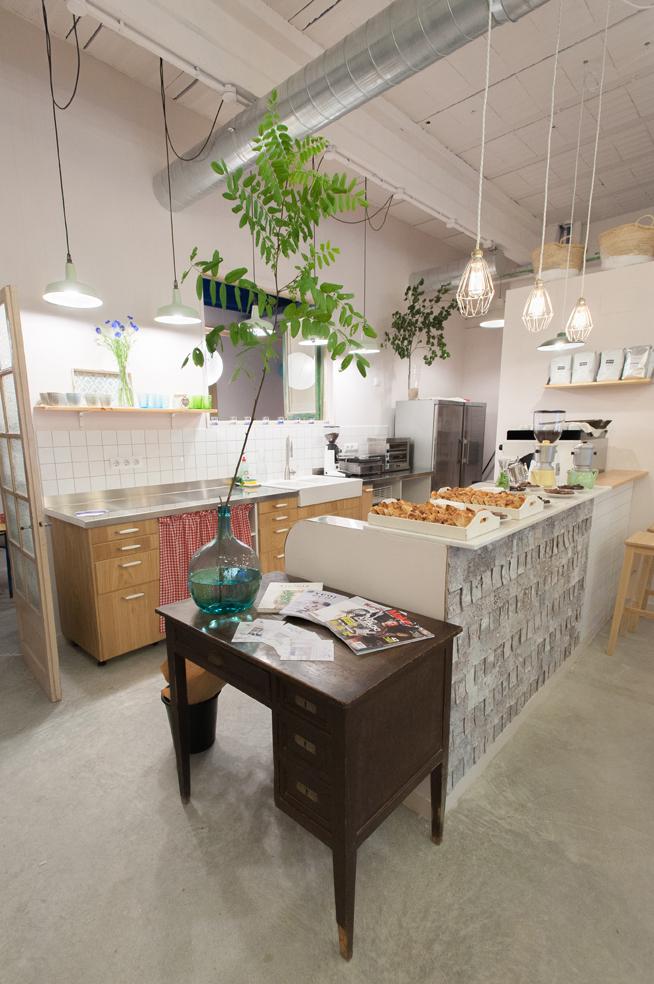 inquiet kitchen2.jpg