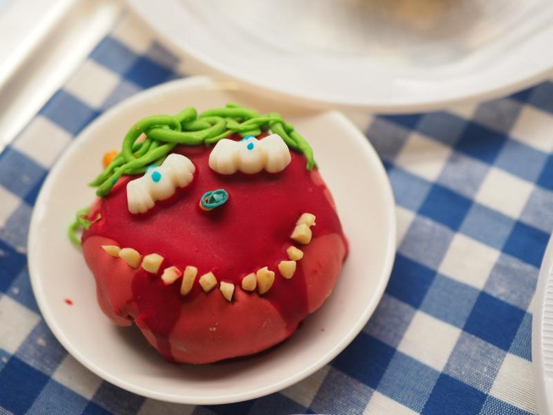 batch_Donut Halloween 3.JPG