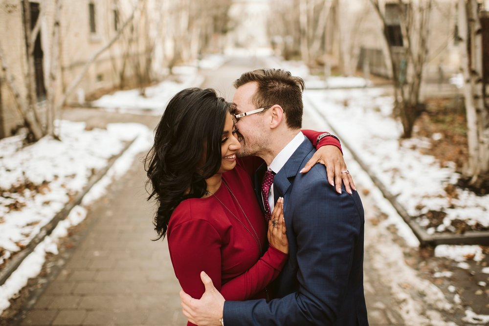 toronto-Wedding-photographer-best-engagement-shoot-uoft_0009.jpg