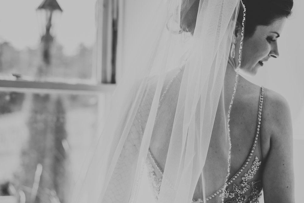 Best_Toronto_Wedding_Photographers_Glenerin_Inn_Mississauga_0017.jpg