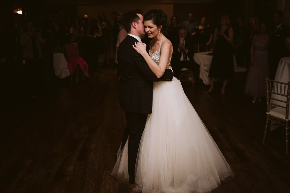 Best_Toronto_Wedding_Photographers_Glenerin_Inn_Mississauga_0084.jpg
