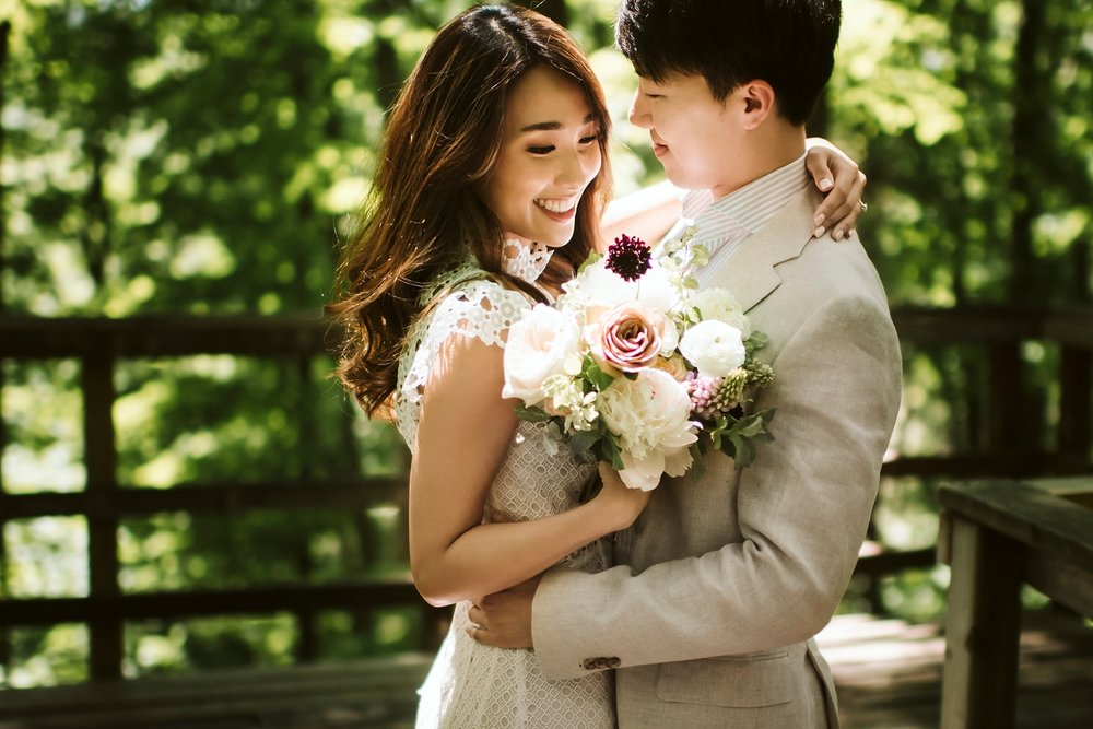 Best_Toronto_Wedding_Photographer_Kortright_Centre_0002.jpg