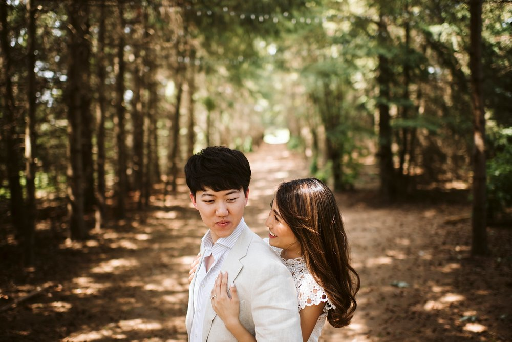 Best_Toronto_Wedding_Photographer_Kortright_Centre_0013.jpg