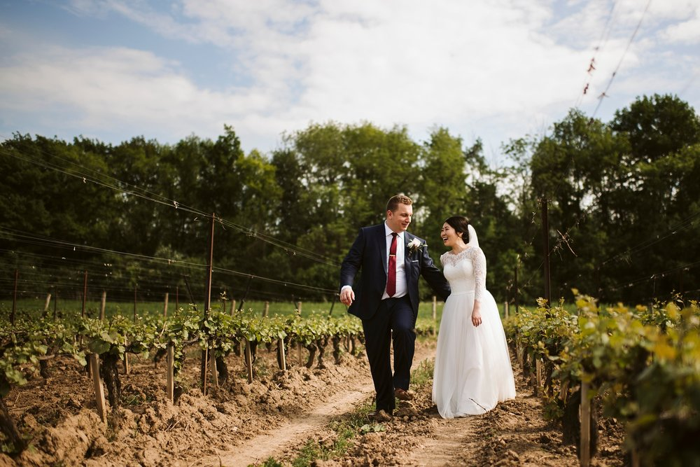 Best_Toronto_Wedding_Photographer_Niagara_Chateaux_des_Charmes_0049.jpg
