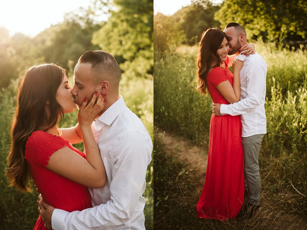 Scarborough_Bluffs_engagement_shoot_Best_Toronto_Wedding_Photographers_0005.jpg