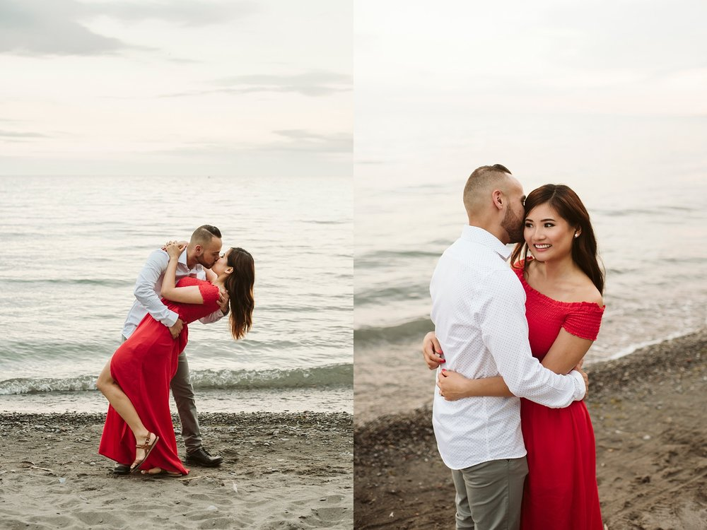 Scarborough_Bluffs_engagement_shoot_Best_Toronto_Wedding_Photographers_0012.jpg