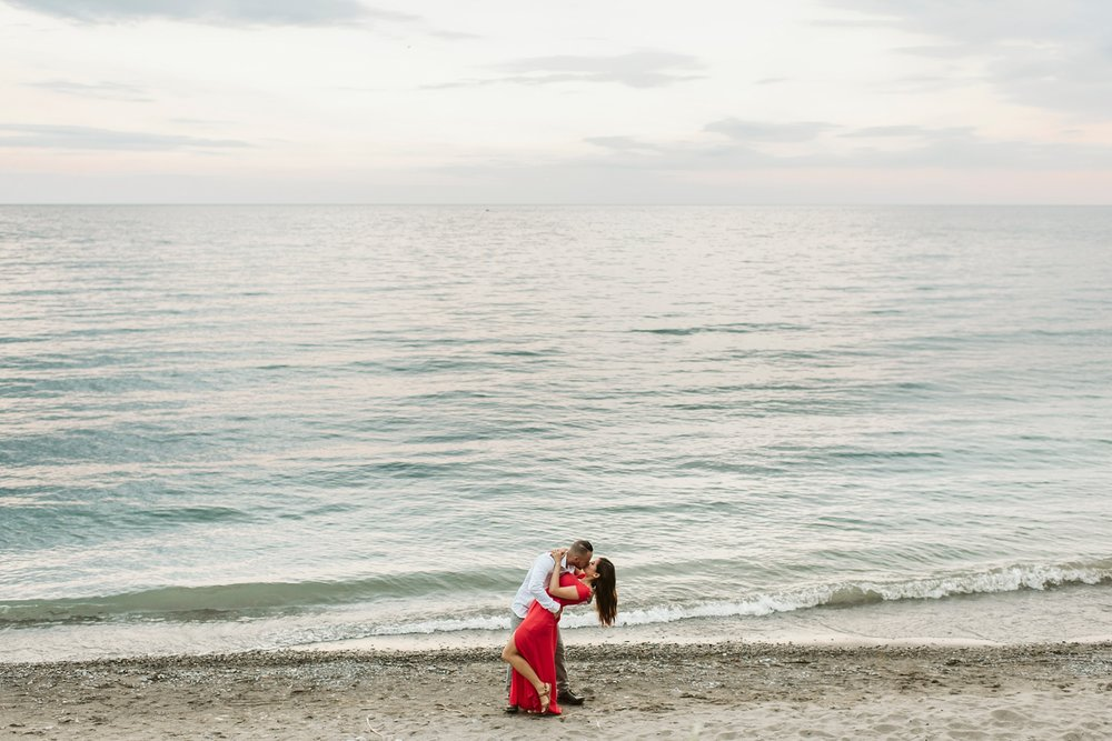 Scarborough_Bluffs_engagement_shoot_Best_Toronto_Wedding_Photographers_0015.jpg