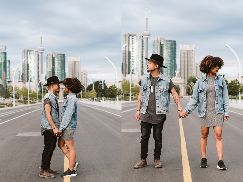 Best_Toronto_Wedding_Photographers_Toronto_Engagement_shoot013.jpg