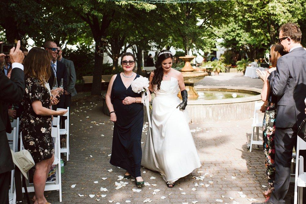 Sunnyside_Pavilion_Wedding_Toronto_Photographer_0040.jpg