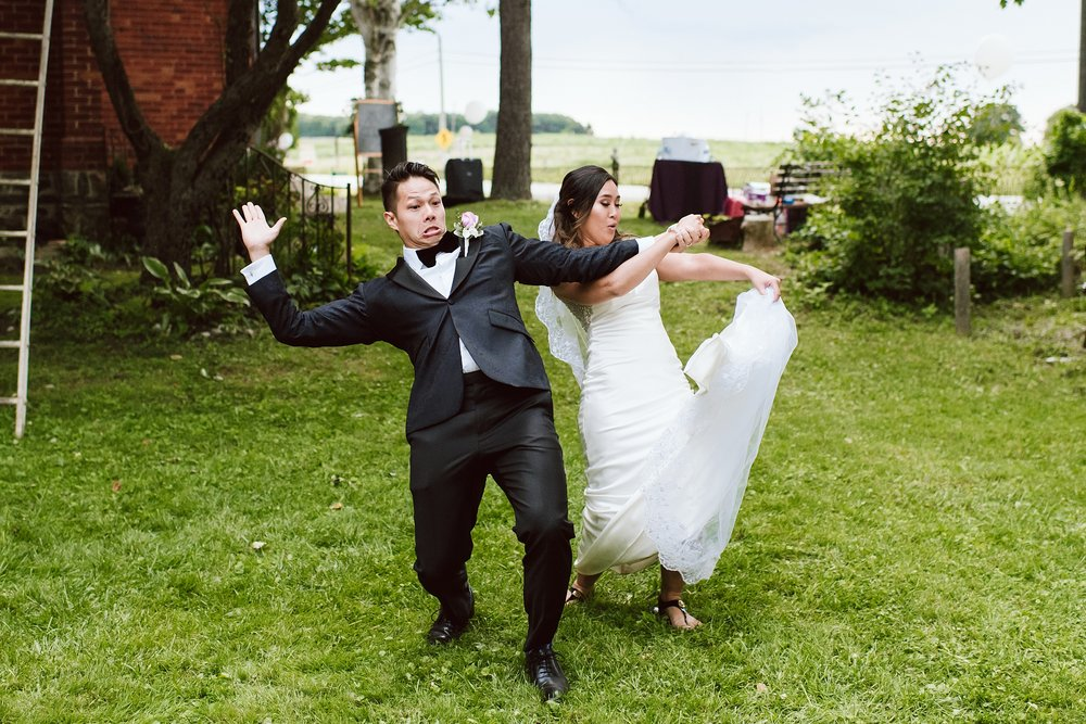 Hartman_Gallery_Mount_Albert_Toronto_Wedding_Photographer_0102.jpg